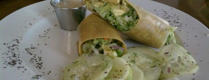 Euphoria Loves Rawvolution is one of Ecorazzi Eats Restaurant Week.
