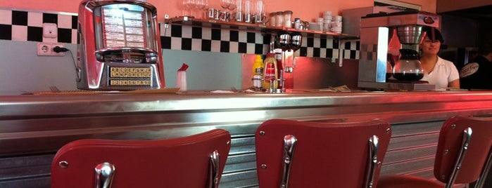 Peggy Sue's is one of hamburguesas y asi.