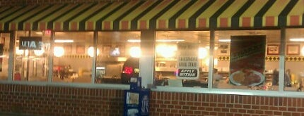My favorite food spots for Waffle house classic jukebox favorites