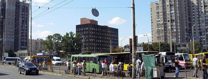 Площа Героїв Бреста is one of Площади города Киева.
