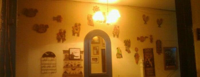 La Mitad del Mundo is one of Restaurantes, Bares, Cafeterias y el Mundo Gourmet.