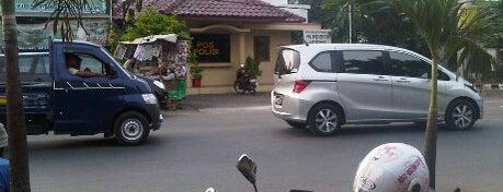 Polisi Sub Sektor Jatibening is one of Perkantoran Pemerintah / Swasta.