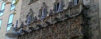 Casa Asia is one of Museus i monuments de Barcelona (gratis, o quasi).