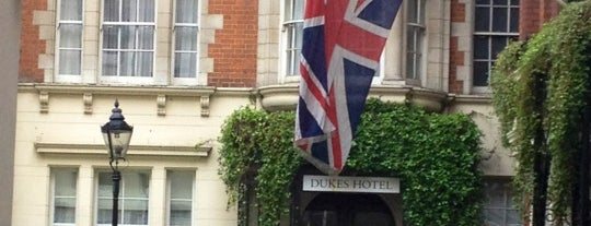 Dukes Hotel is one of London's Mayfair.