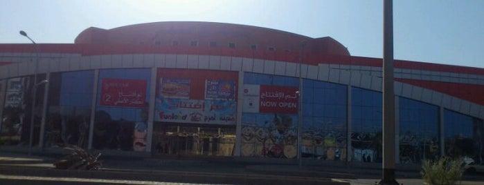 Yanbu Mall مول ينبع is one of Yanbu.