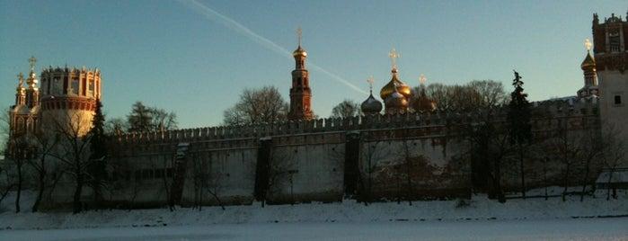 Novodevichy Park is one of Лучшие парки Мск.