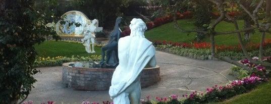 Giardini di Augusto is one of Honeymoon in Amalfi Coast.