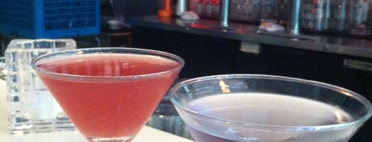 Solo-Bar is one of Happy Hour in Seattle.