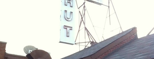 Rutt's Hut is one of Dogs in Jersey.