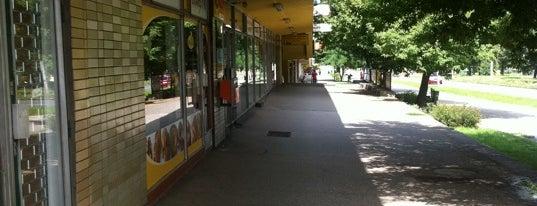 Nákupní centrum Kotva is one of Obchodní - nákupní centra v Ostravě.