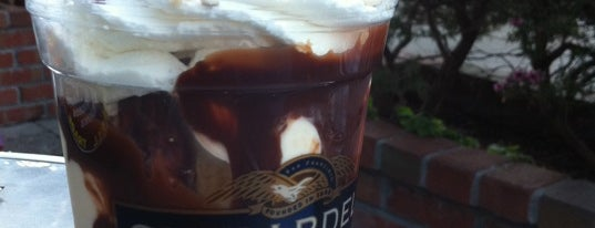 Ghirardelli Chocolate Marketplace is one of Bay Area Ice Cream.