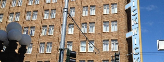 Pickwick Hotel is one of #MayorTunde's Past and Present Mayorships.