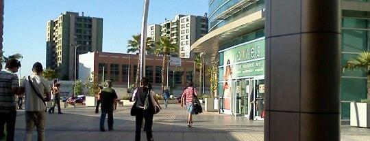 Mall Plaza Vespucio is one of Shopping en Stgo..