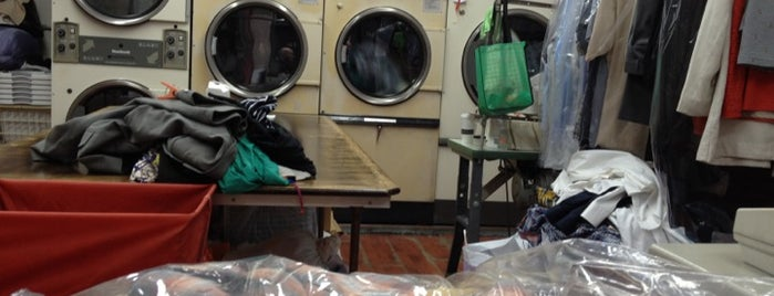 City Brite Dry Cleaners is one of #MayorTunde's Past and Present Mayorships.