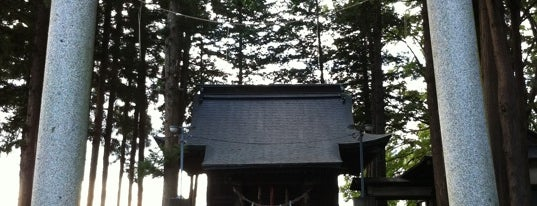 川留稲荷神社 is one of Shinto shrine in Morioka.