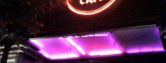 Hard Rock Cafe is one of Khaana Peena in Bengaluru.