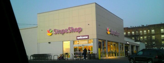 Stop & Shop is one of Delverde Pasta.