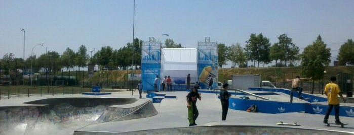 Skatepark Parque de Los Reyes is one of Santiago, Chile #4sqCities.