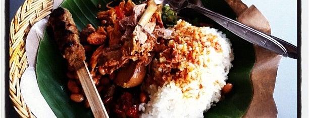 Nasi Ayam Kedewatan Ibu Mangku is one of Tempat Makan Maknyus - BALI.