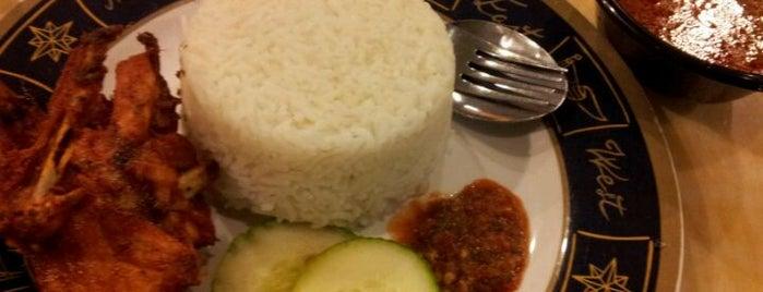 Usrah Terminal - Nasi Kukus Ayam Perap is one of Makan @ Pahang #1.