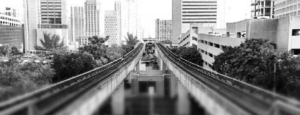 MDT Metrorail - Historic Overtown/Lyric Theatre Station is one of My favorite places :).