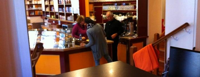 Café Muskat is one of Freies WLAN in Berlin.