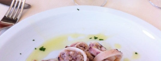Green is one of Best places to eat (@Savona).