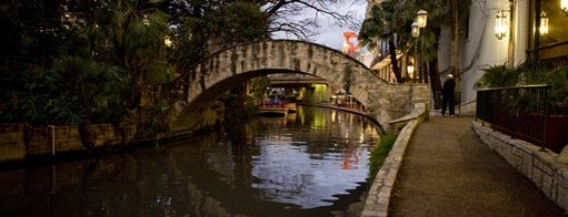 The San Antonio River Walk is one of San Antonio Campus Tour.