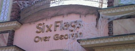 Six Flags Over Georgia is one of The 4sqLoveStory.