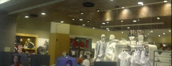 Riachuelo is one of Shopping SP Market.