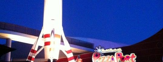 Redd Rockett's Pizza Port is one of Disneyland Fun!!!.