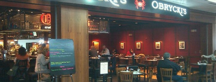 Obrycki's Restaurant & Bar is one of Man v Food Nation.