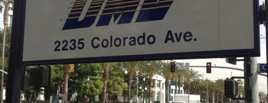 Government bldgs for Department of motor vehicles glendale ca