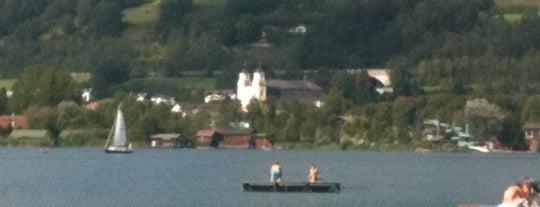 Mondsee is one of das schwimmwasser.