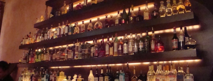 Rose Bar at Gramercy Park Hotel is one of 2 do list # 2.