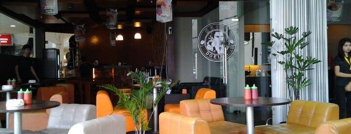 Ngopi Doeloe is one of Coffee Shops.