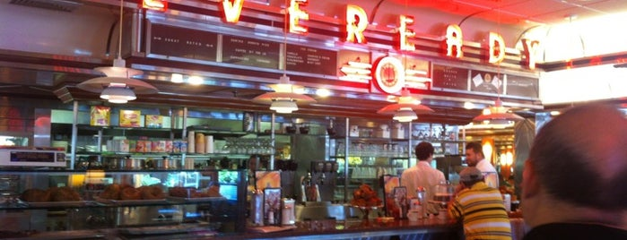 Eveready Diner is one of Triple D Checklist.