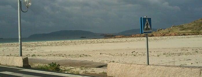 O Pindo is one of Costa da Morte en 2 días.