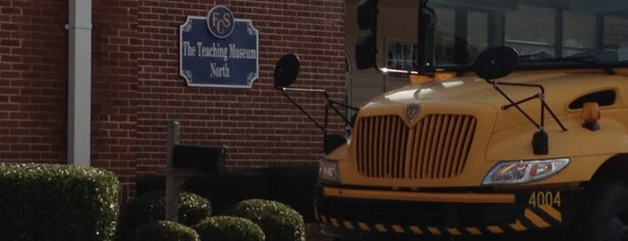 Teaching Museum North is one of Members of the Roswell BA.