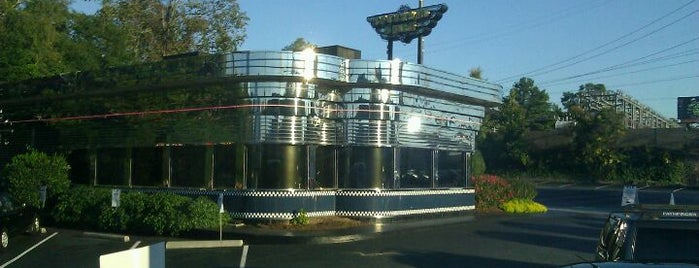 Buckhead Diner is one of Places from the reporting trail.