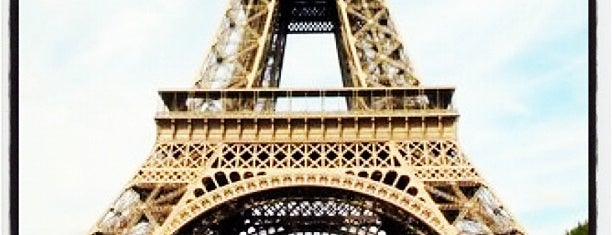 Tour Eiffel is one of Must-See Attractions in Paris.