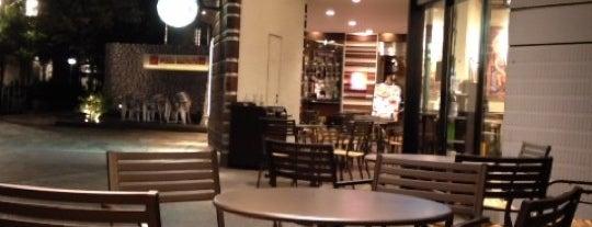 Starbucks Coffee 天王洲店 is one of Starbucks Coffee (東京23区:千代田・中央・港以外).