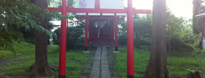 平安稲荷社 is one of Shinto shrine in Morioka.