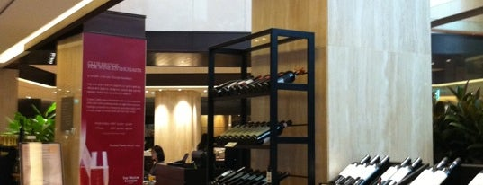 Vecchia & Nuovo is one of Best Rstaurant in Seoul in my Favorite Shop.