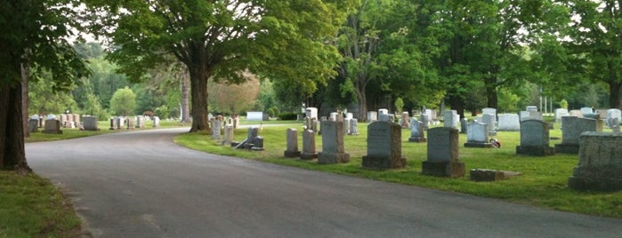 Pine Hill Cemetery is one of Old Historic Cemeteries.
