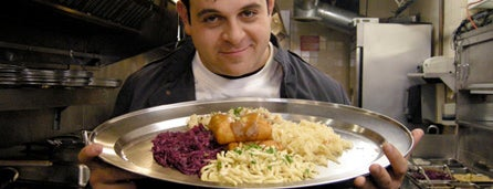 Gasthof zur Gemütlichkeit is one of Man v Food Nation.