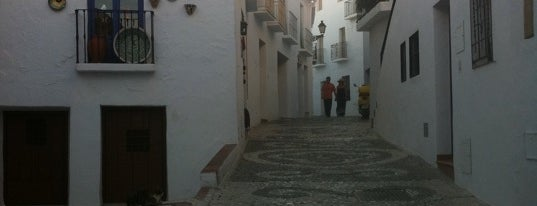 Frigiliana is one of Mis lugares favoritos.