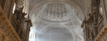 Parroquia del Sagrario is one of 11 edificios religiosos de interés turístico.