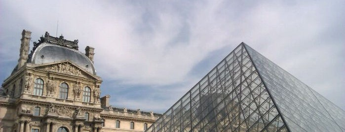 The Louvre is one of The Best Places I Have Ever Been.
