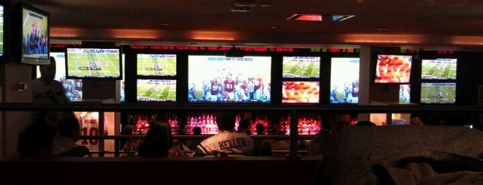 Stadium Grill At Bowlmor Lanes is one of Super Bowl Sunday for NYC Foodies.